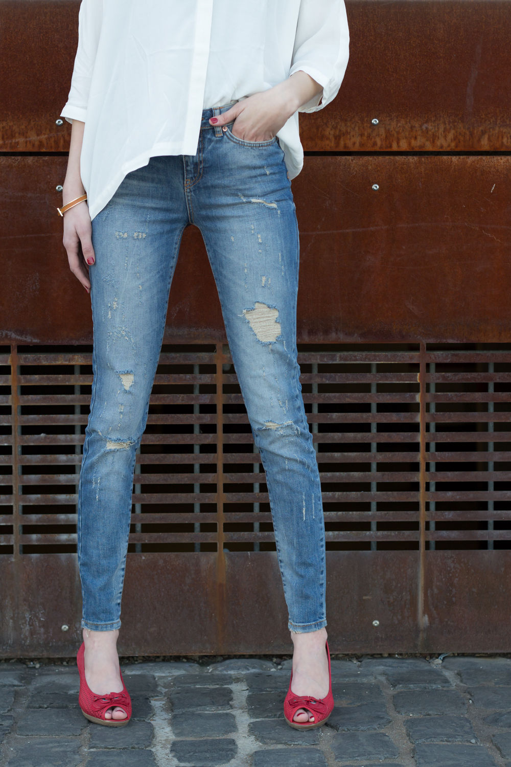 Distressed Jeans from Noisy May Lucy and white blouse from asos