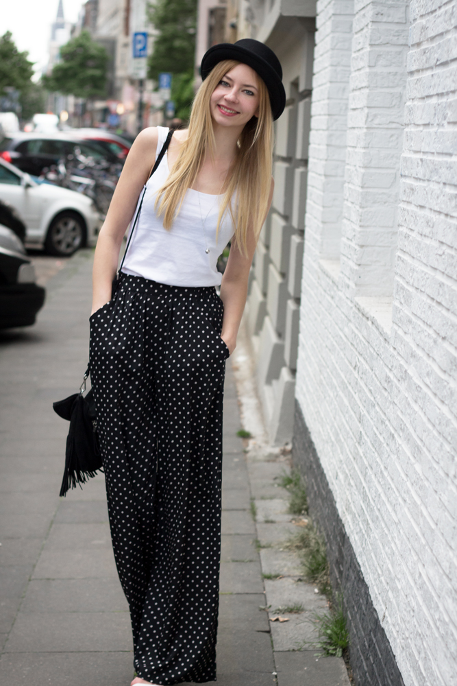 Hose mit weitem Bein, Hut, Fransentasche & Basic Tank Top // wide leg trousers, hat, fringed bag & basic tank top