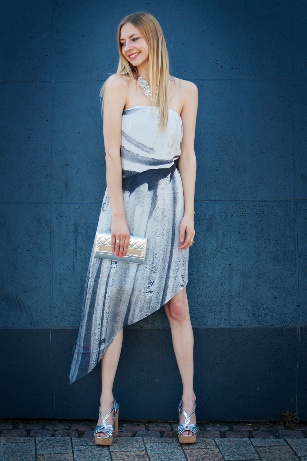 Perfekter Sommer-Party Look. // Perfect summer-party look.