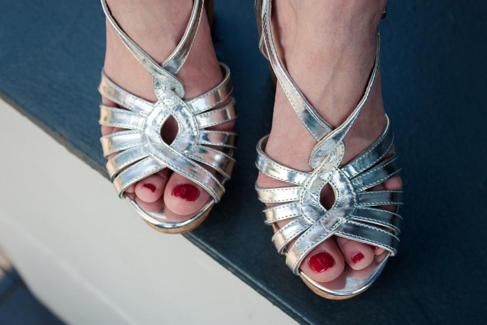 Sandalen in Silber // silver platform sandals