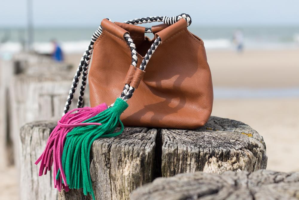 details: the bag