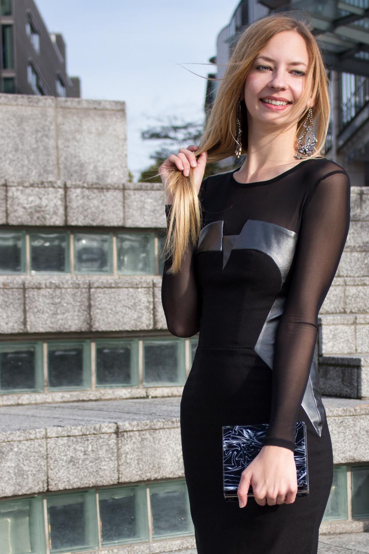 details: Hybrid dress