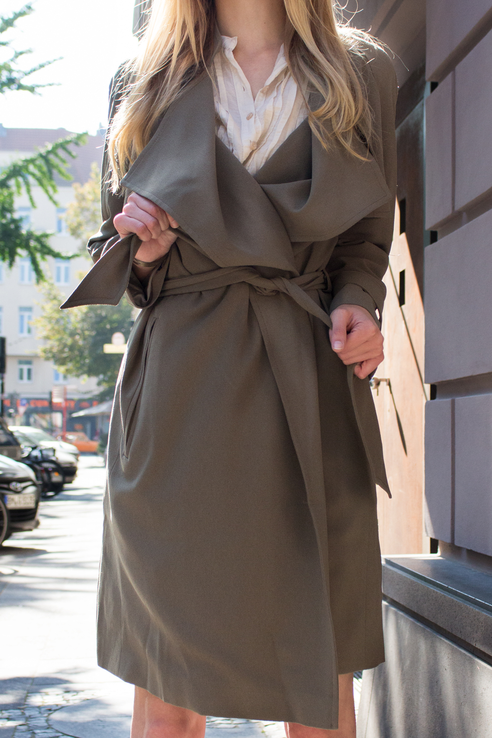 details: trench coat