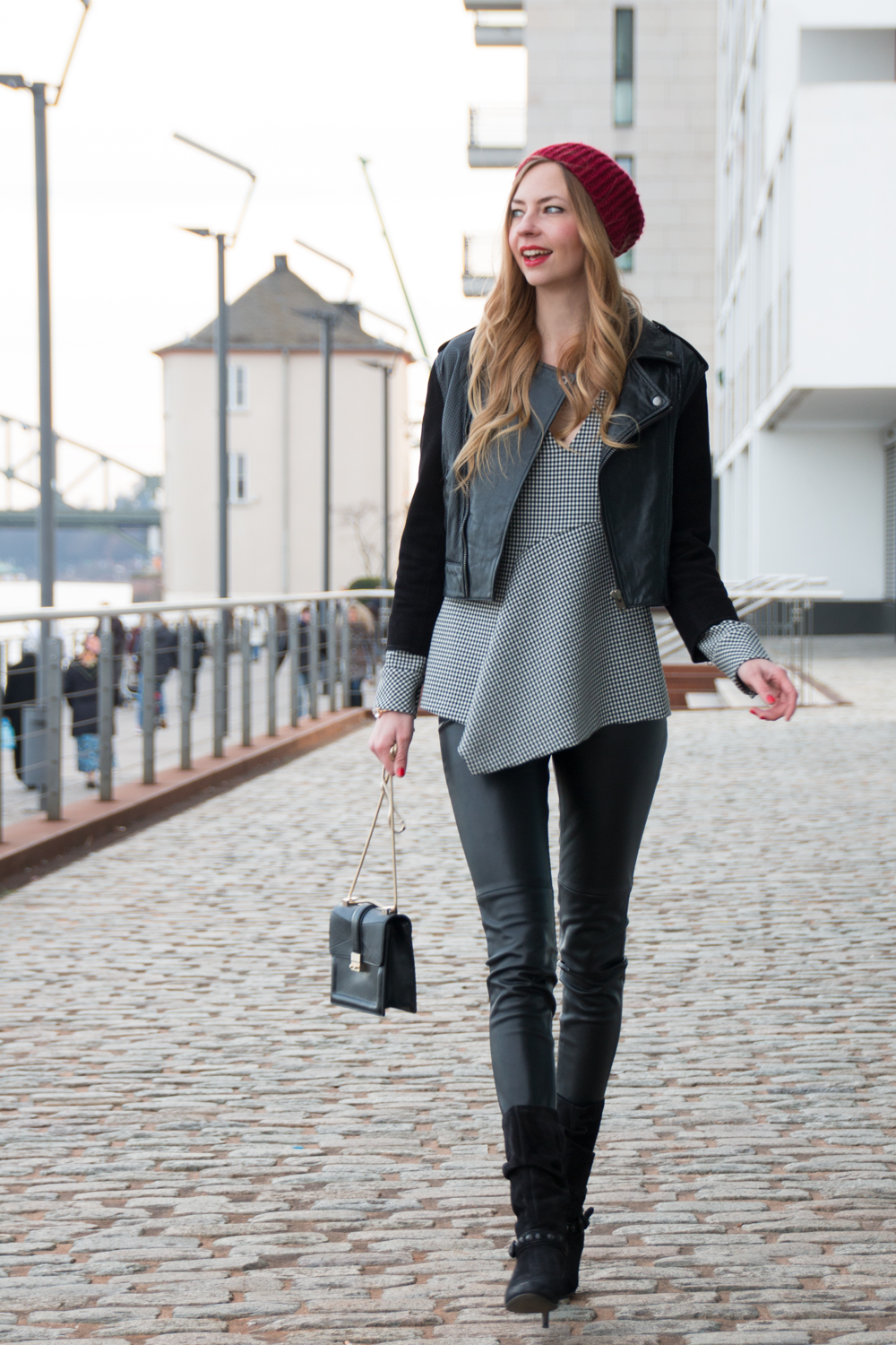 berlin blogger fashion week how i met my outfit. Black Bedroom Furniture Sets. Home Design Ideas