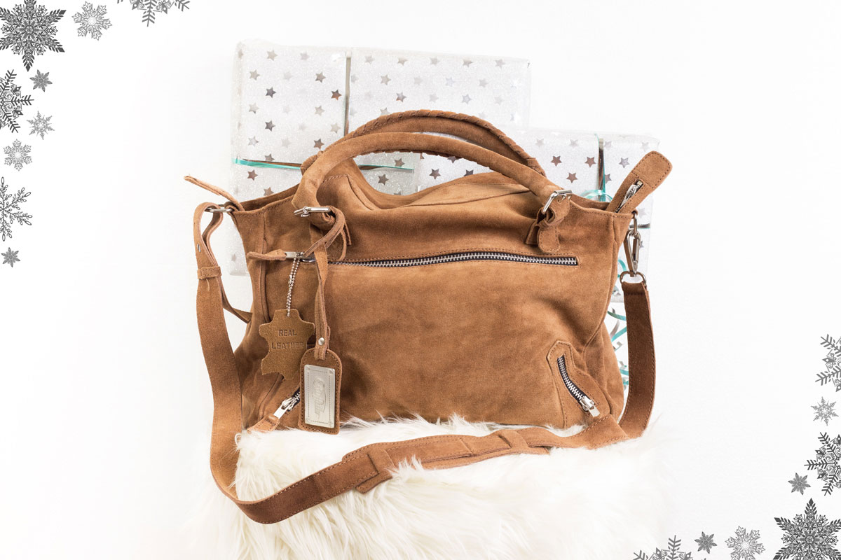 Blogger Adventskalender 2015 II How I met my outfit by Dana Lohmüller II Buffalo Velourleder Tasche