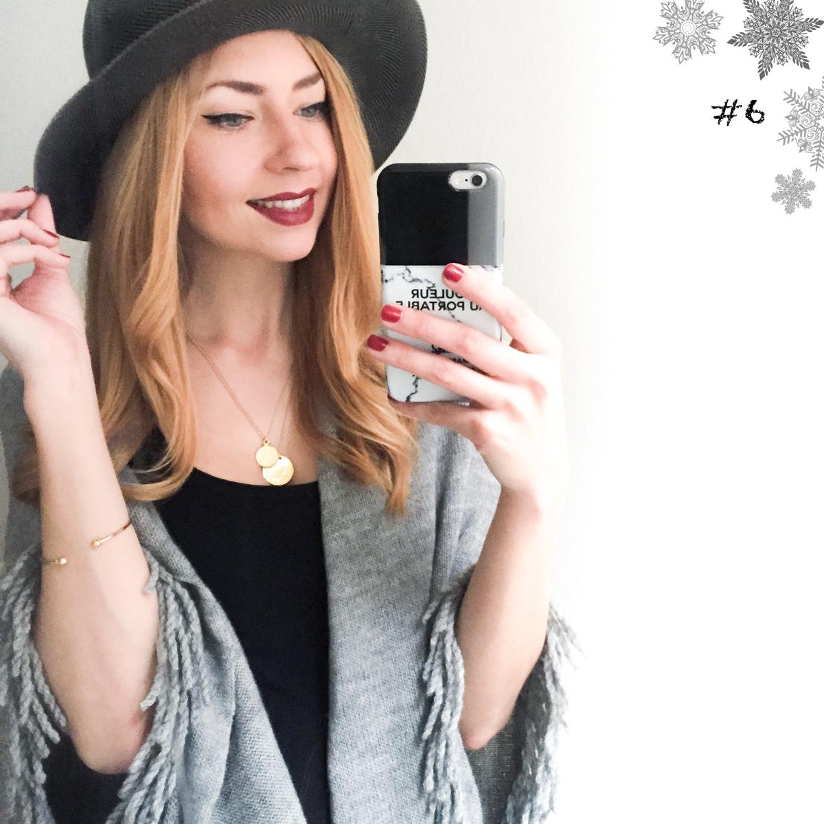 Blogger Adventskalender 2015 II How I met my outfit by Dana Lohmüller II Marc Cain Stola / Cape und Hut von Marc Cain