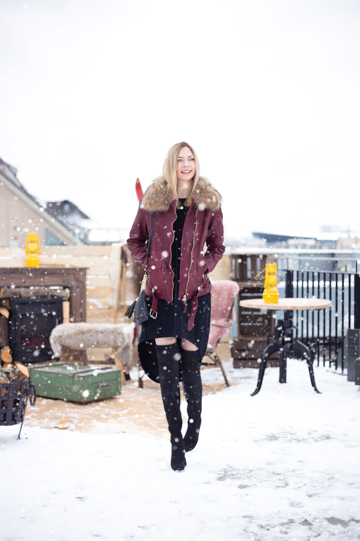 Red Leather & Snow I MBFW Berlin I How I met my outfit by Dana Lohmüller