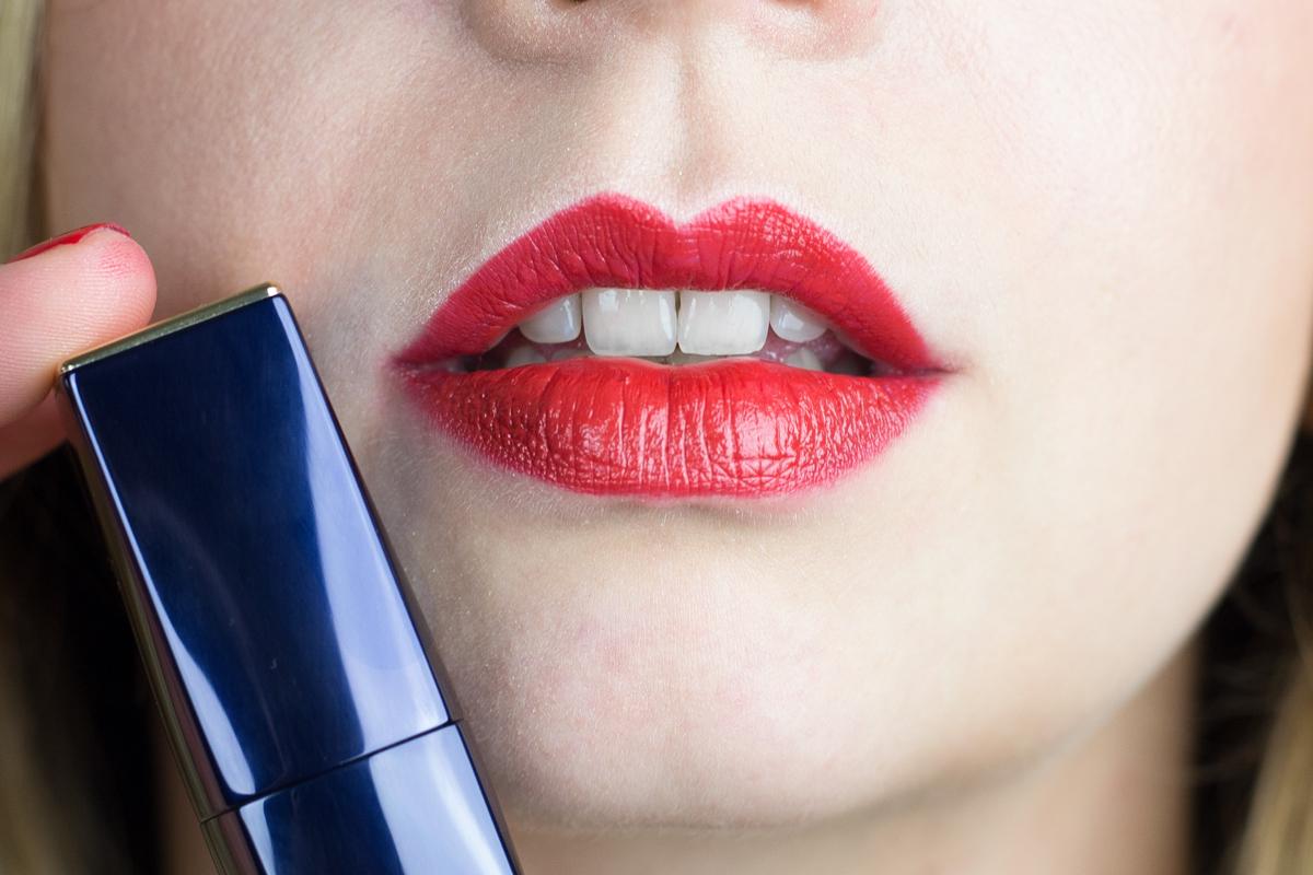 7 Days - 7 Red Lipsticks - die besten roten Lippenstifte II How I met my outfit by Dana Lohmüller II photos: Benedikt Napolowski