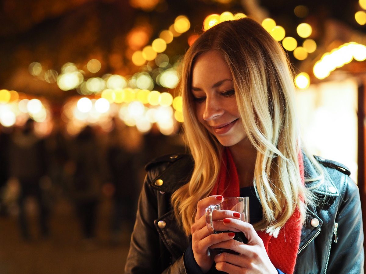 Olympus PEN 45mm lens | Black Friday Sale I How I met my outfit by Dana Lohmüller