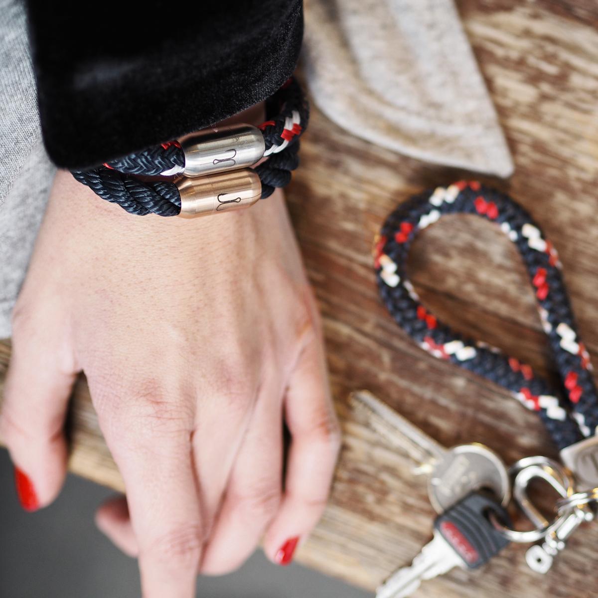 Day 4   5 x bracelet & keychain by Fischers Fritze   How I met my outfit by Dana Lohmüller   Blogger Adventskalender 2016
