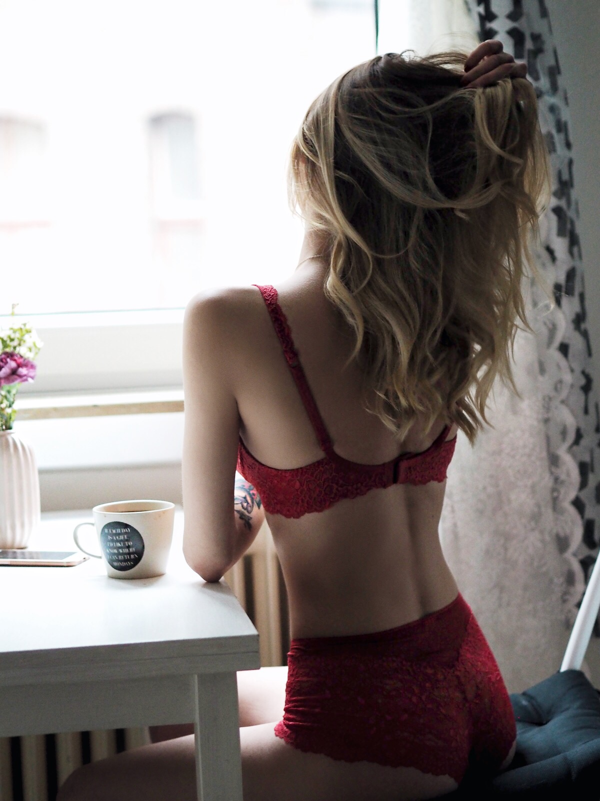 "Day 23 | red lingerie set ""Sweet Secrets"" by CALIDA 