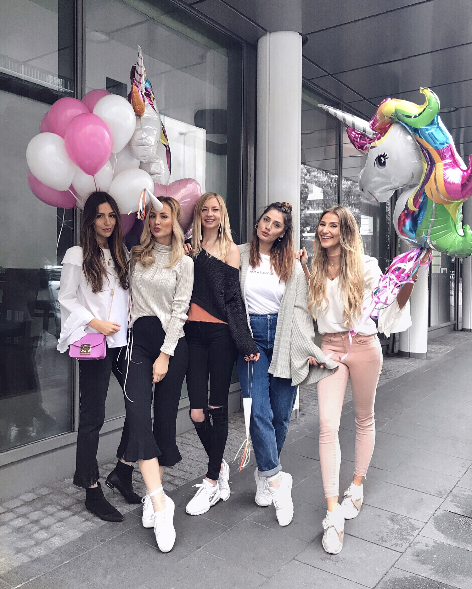 Unicorns. Update Week 15 | 2017 | How I met my outfit by Dana Lohmüller