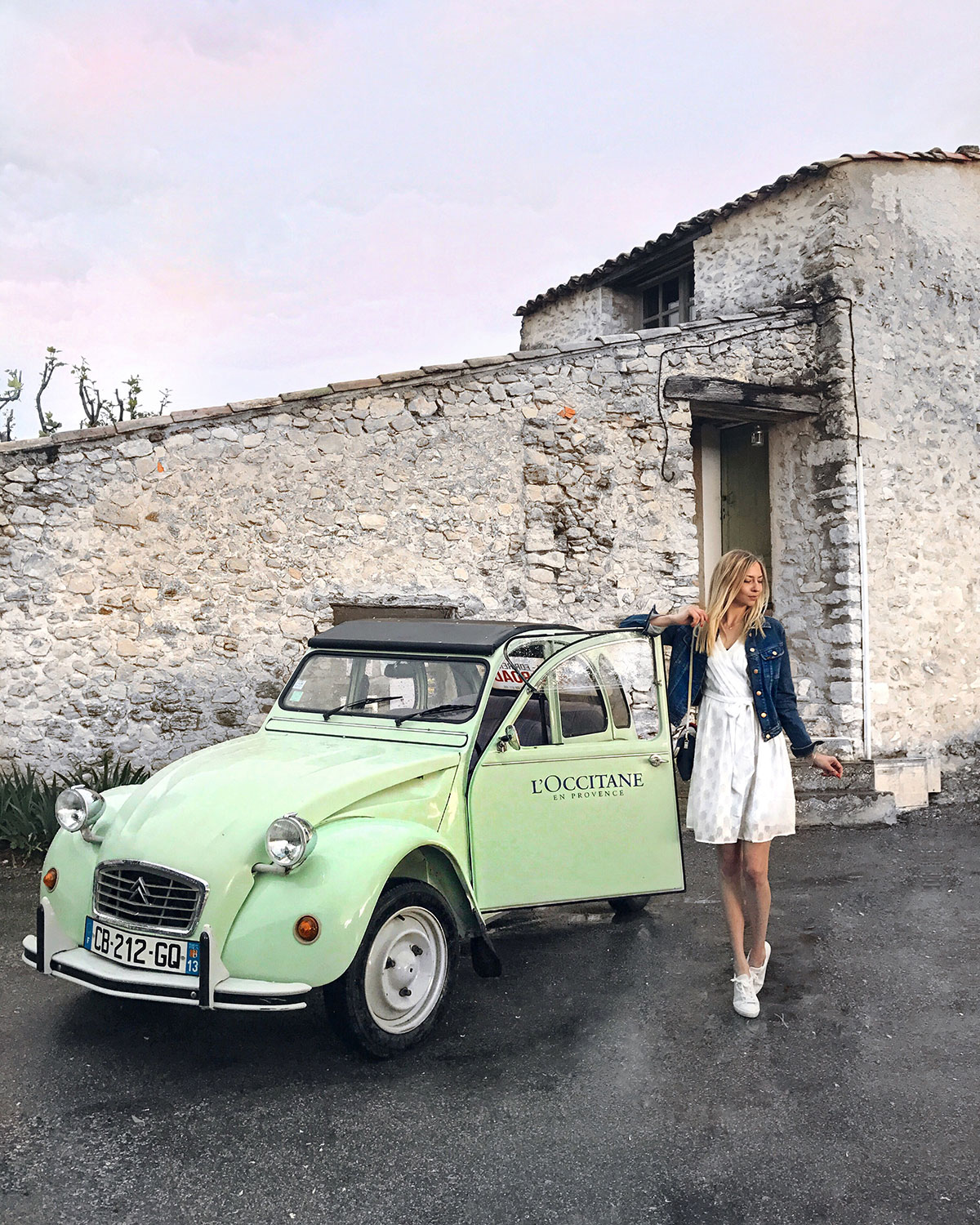 #ChasingTheGoldenHour with L'Occitane | Provence | How I met my outfit by Dana Lohmüller