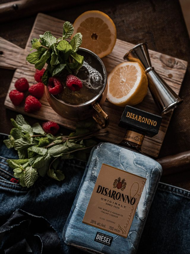 Disaronno wears Diesel Cocktail Amaretto Rezept