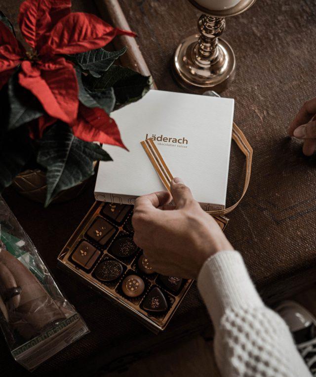 X-Mas mit Läderach chocolatier suisse und @howimetmyoutfit